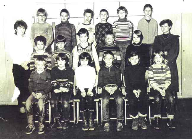http://hanszoschke1981.com/images/album1/Images/4_Klasse.jpg